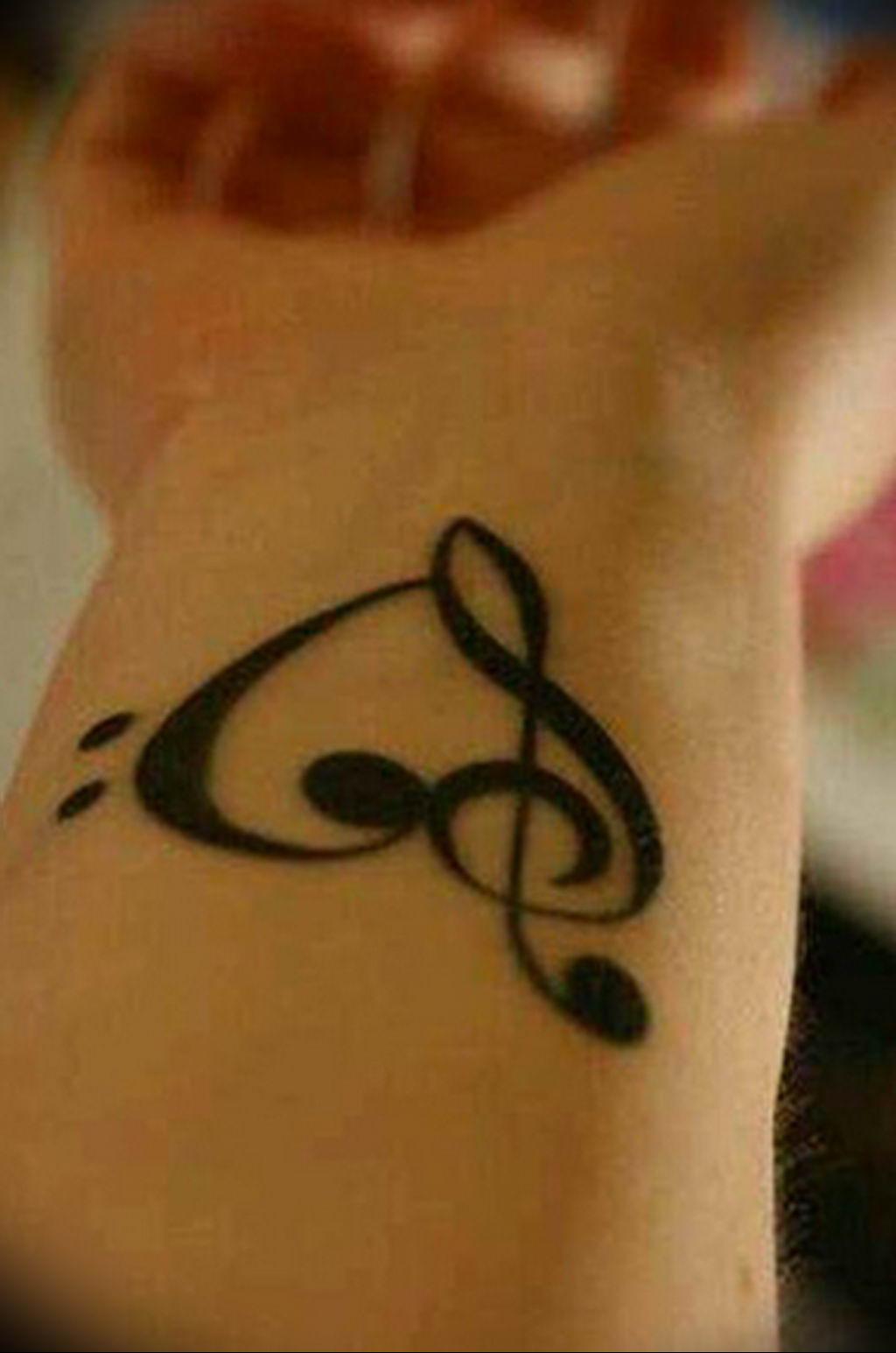 Фото басовый ключ тату 21.08.2019 №054 - bass clef tattoo - tatufoto.com