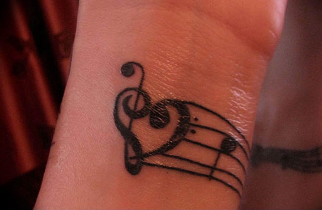 Фото басовый ключ тату 21.08.2019 №075 - bass clef tattoo - tatufoto.com