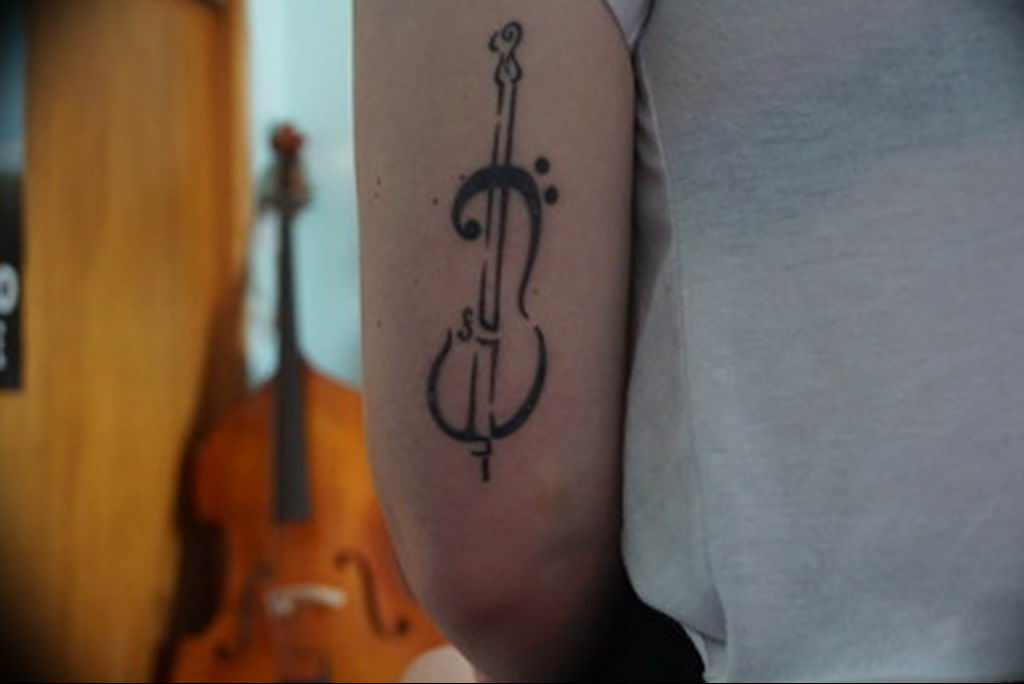 Фото басовый ключ тату 21.08.2019 №080 - bass clef tattoo - tatufoto.com