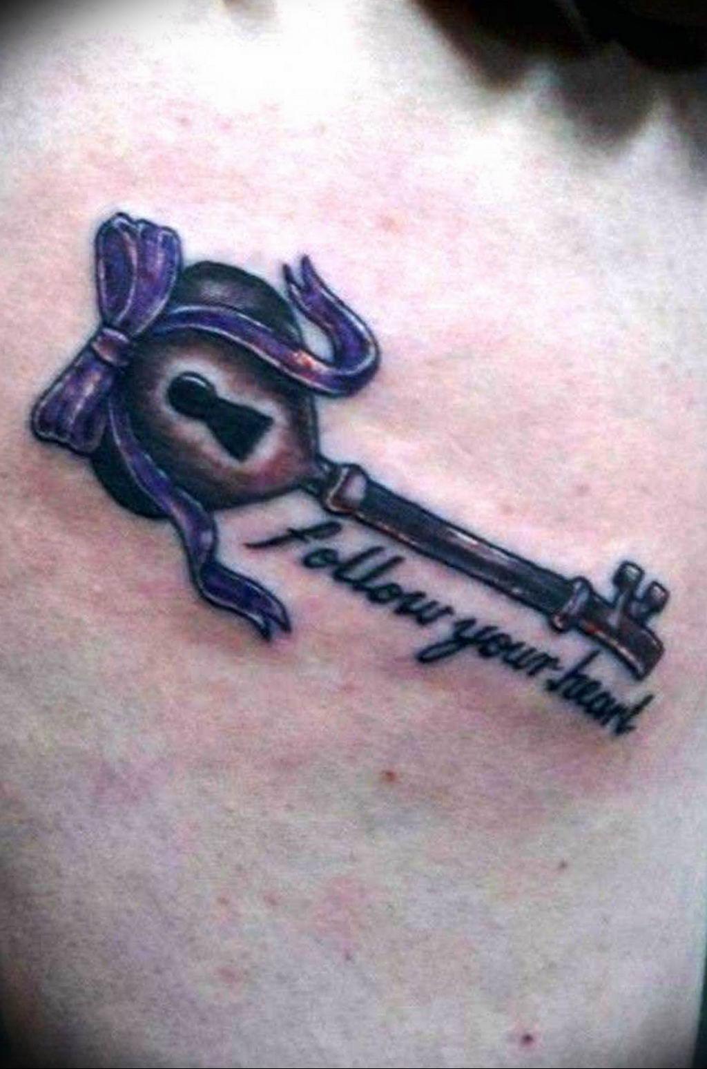 Фото тату замок и ключ 21.08.2019 №052 - tattoo lock and key - tatufoto.com