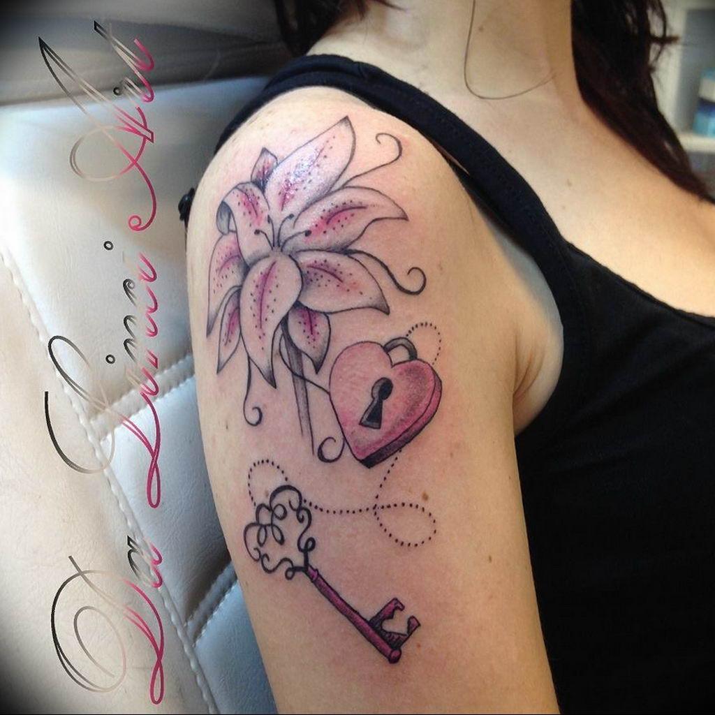 Фото тату замок и ключ 21.08.2019 №061 - tattoo lock and key - tatufoto.com