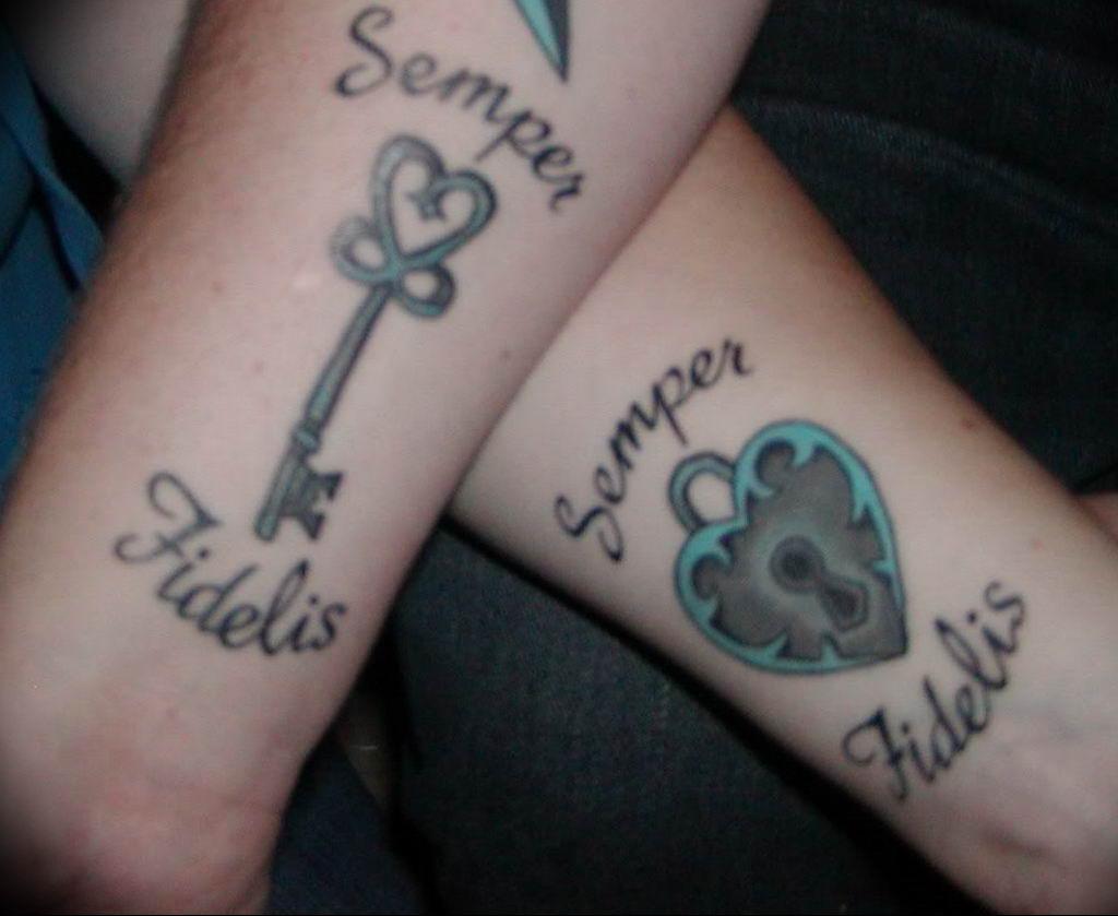 Фото тату ключ на запястье 21.08.2019 №077 - tattoo key on the wrist - tatufoto.com