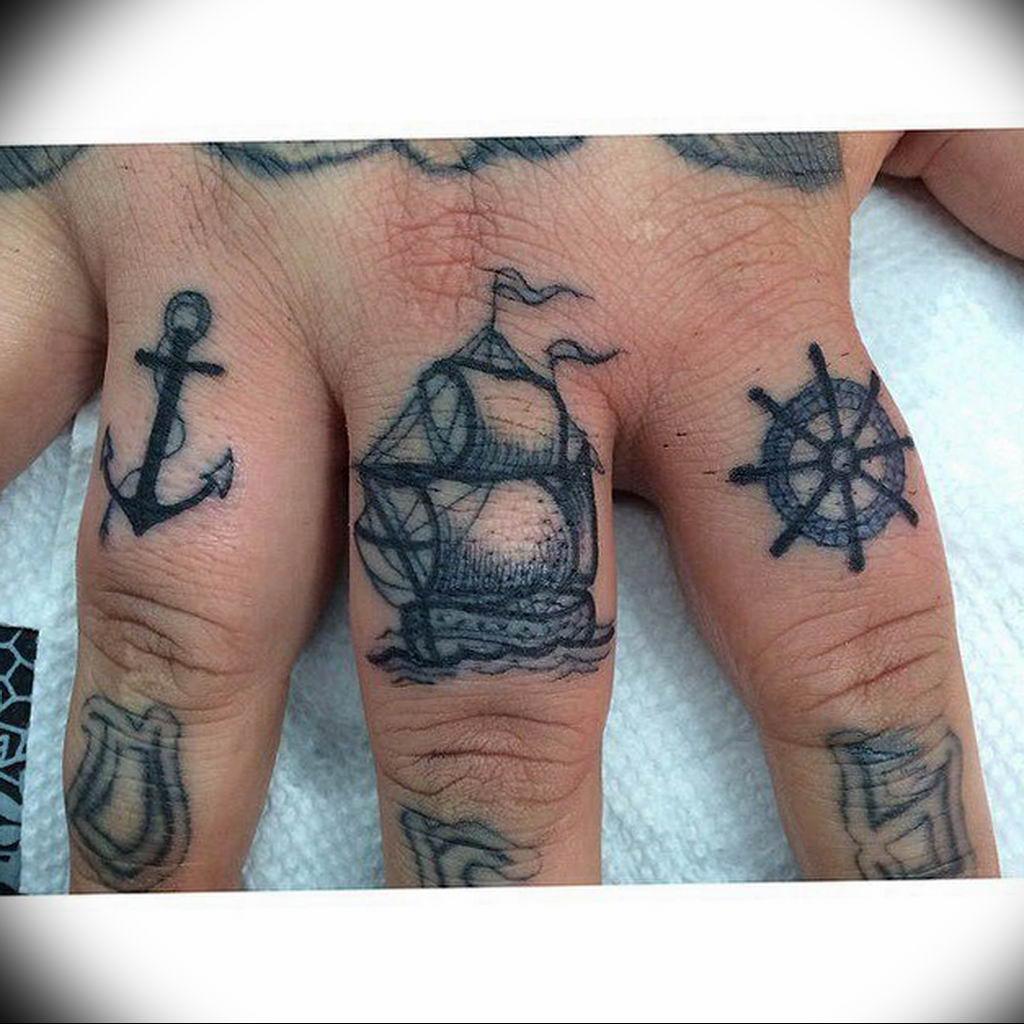 Фото тату океан на руке 13.08.2019 №028 - ocean tattoo on hand - tatufoto.com