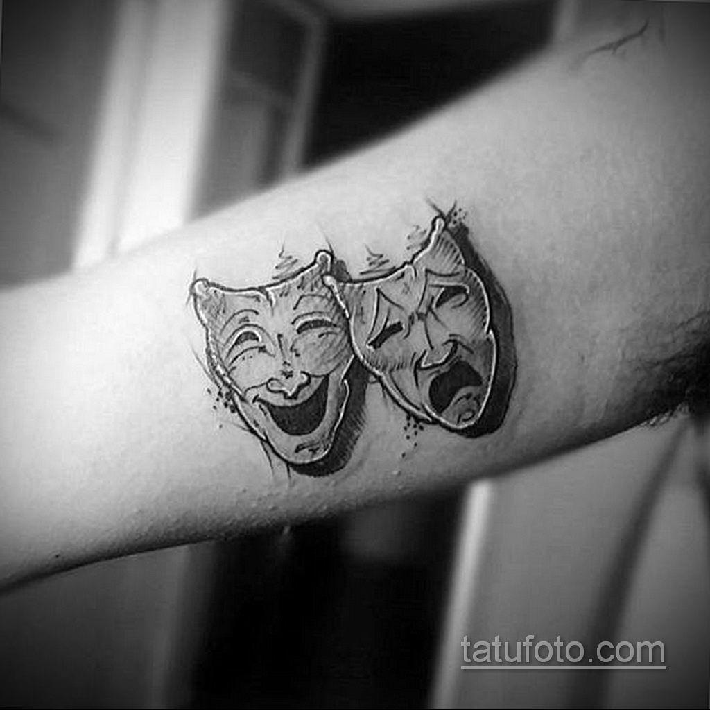 Вариант тату с театральной маской 09.09.2019 №003 - tattoo masks - tatufoto.com