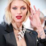 Рисунки татуировок популярных моделей - картинка - фото 20 - Аня Рубик