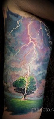 Фото тату молния реализм 14.09.2019 №003 – tattoo lightning realism – tatufoto.com