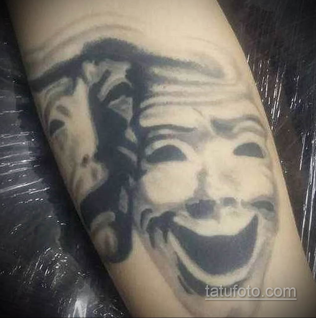 Фото тату театральные маски 09.09.2019 №040 - tattoo theater masks - tatufoto.com