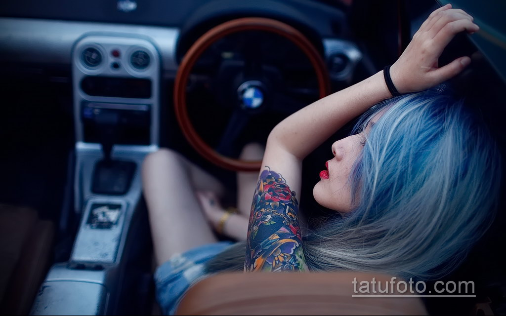 на фото тату и автомобиль 03.10.2019 №032 -tattoo and car- tatufoto.com