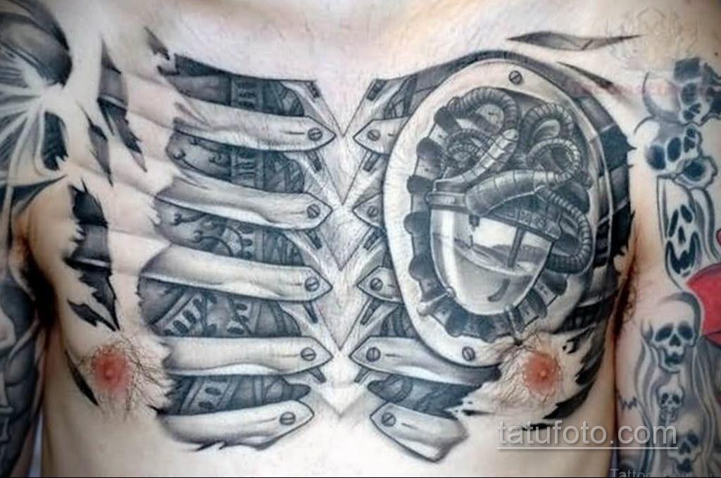 тату биомеханика на груди 31.10.2019 №007 - biomechanics tattoo on the che - tatufoto.com