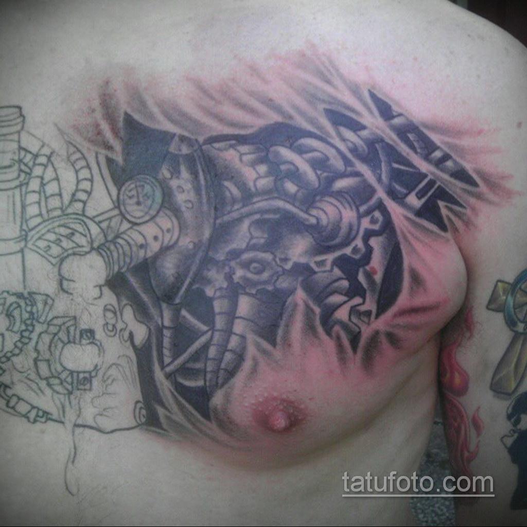 тату биомеханика на груди 31.10.2019 №017 - biomechanics tattoo on the che - tatufoto.com