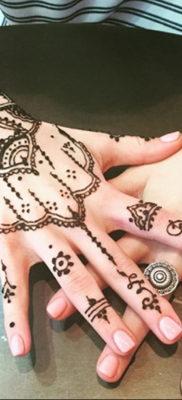 Пример временной татуировки хной на фото 11.11.2019 №263 -henna tattoo- tatufoto.com