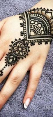 Пример временной татуировки хной на фото 11.11.2019 №286 -henna tattoo- tatufoto.com