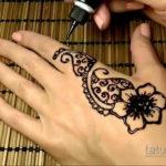 Пример временной татуировки хной на фото 11.11.2019 №314 -henna tattoo- tatufoto.com