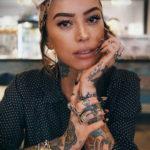 красивая девушка с татуировкой 24.11.2019 №004 -beautiful girl with a tattoo- tatufoto.com