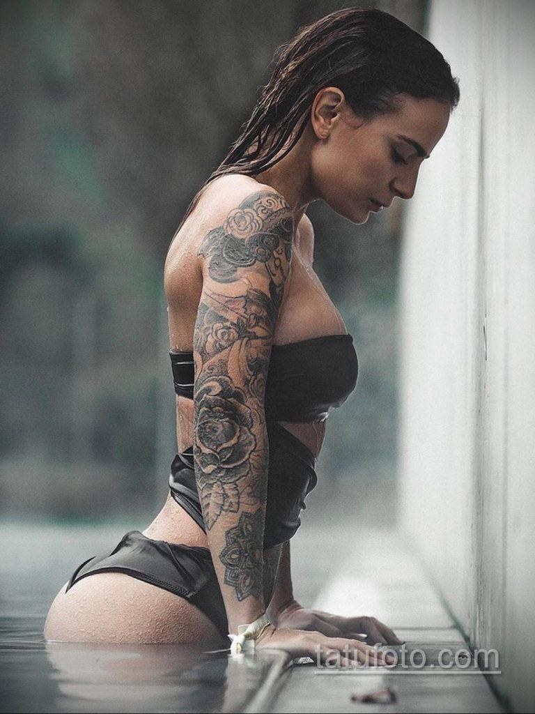 фото красивая девушка с тату 24.11.2019 №058 -beautiful girl with a tattoo- tatufoto.com