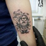 Фото Тату Миньон из мультика 12.12.2019 №011 -Tattoo Minion from the cart- tatufoto.com