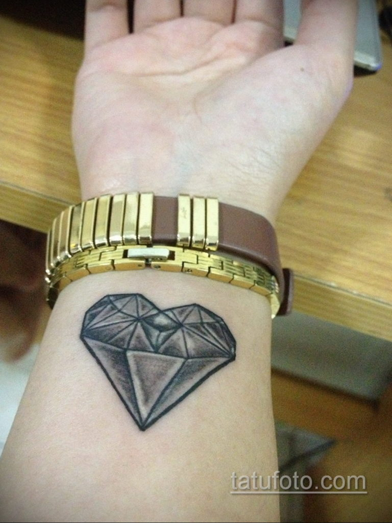 тату диамант на запястье 02.12.2019 №031 -diamond wrist tattoo- tatufoto.com