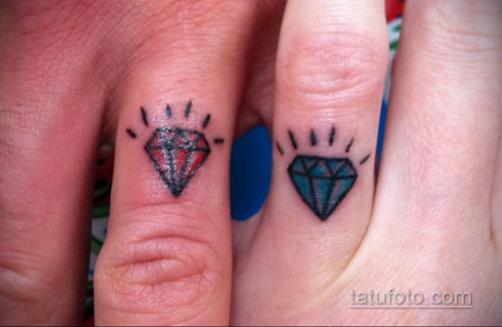 тату диамант на пальце 02.12.2019 №068 -diamond finger tattoo- tatufoto.com