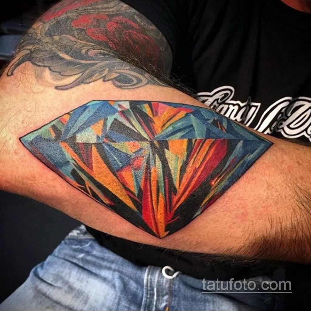 тату диамант на руке 02.12.2019 №070 -diamond tattoo on the arm- tatufoto.com