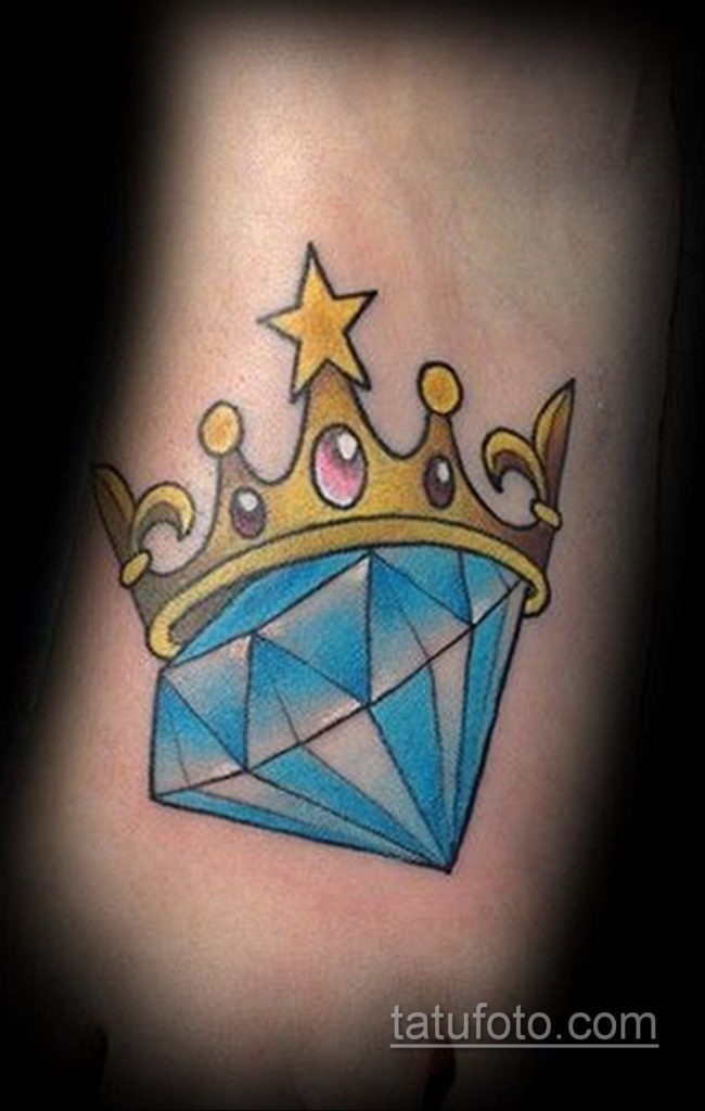 тату диамант с короной 02.12.2019 №005 -diamond tattoo with crown- tatufoto.com