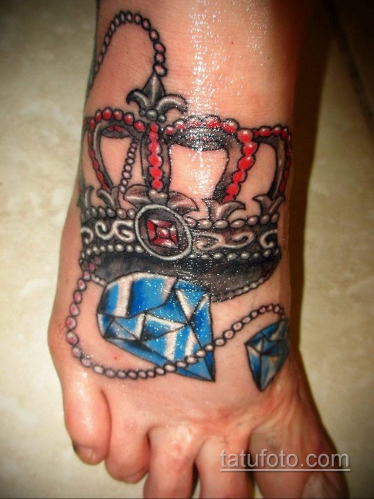 тату диамант с короной 02.12.2019 №049 -diamond tattoo with crown- tatufoto.com