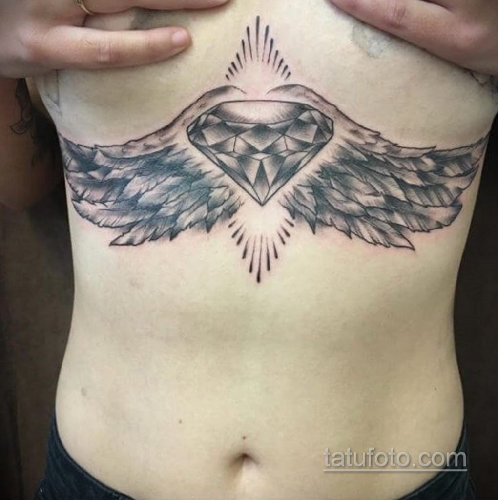 тату диамант с крыльями 02.12.2019 №028 -diamond tattoo with wings- tatufoto.com