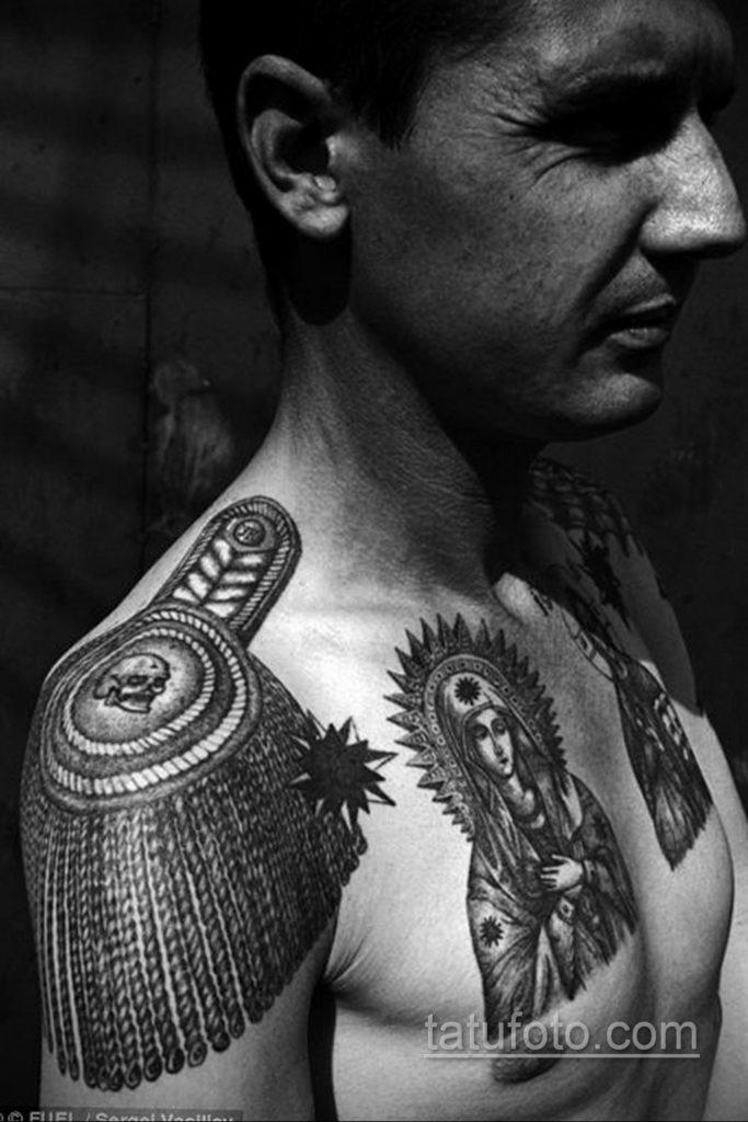 фото тату эполет на плече (погон) 10.12.2019 №001 -tattoo epaulettes- tatufoto.com