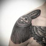 фото тату эполет на плече (погон) 10.12.2019 №053 -tattoo epaulettes- tatufoto.com