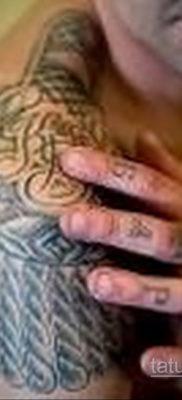 фото тату эполет на плече (погон) 10.12.2019 №083 -tattoo epaulettes- tatufoto.com