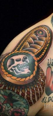 фото тату эполет на плече (погон) 10.12.2019 №102 -tattoo epaulettes- tatufoto.com