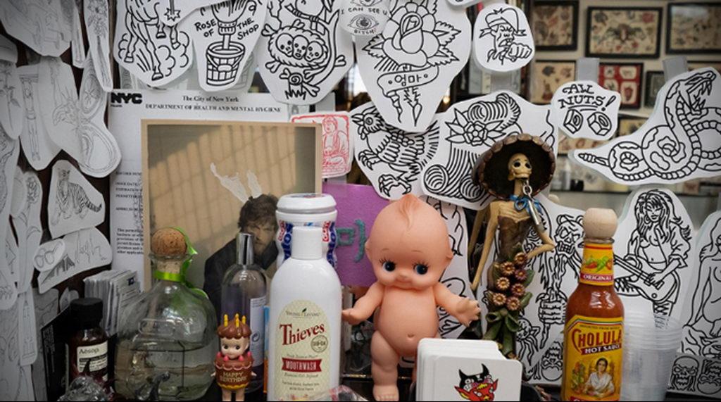 Cholula (Чолула) предлагает любителям сделать рекламную татуировку - фото 3
