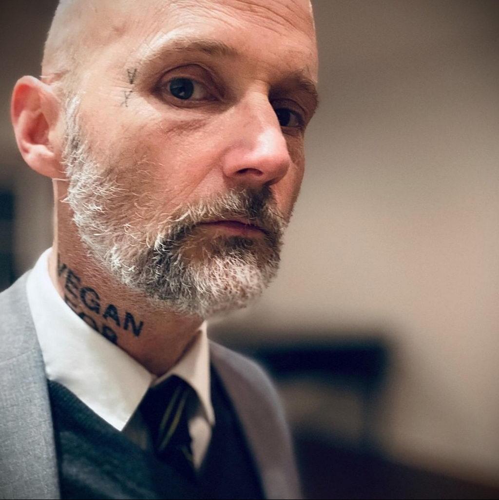 Новая веганская татуировка музыканта Moby (Моби) - фото 4