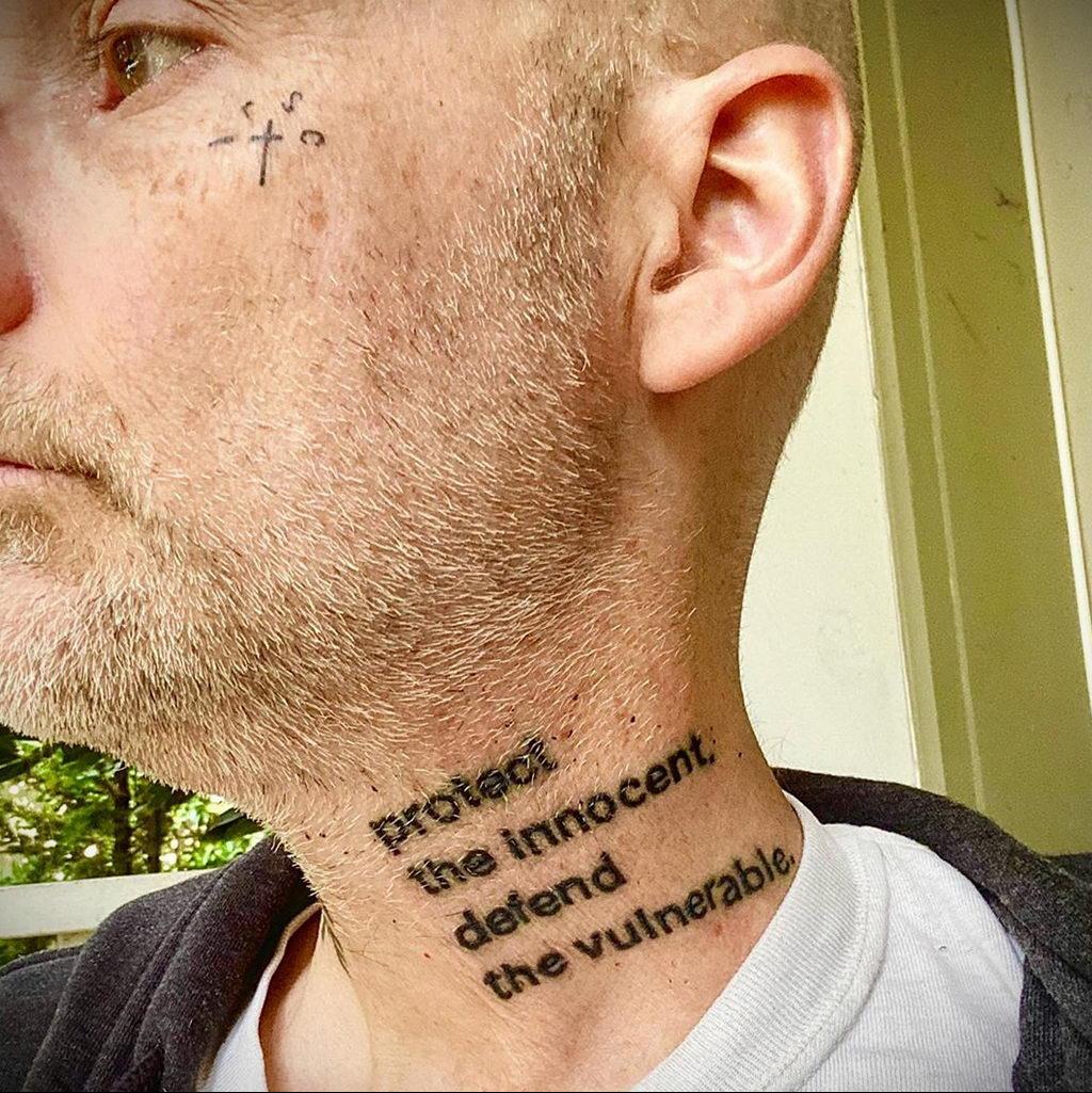 Новая веганская татуировка музыканта Moby (Моби) - фото 6
