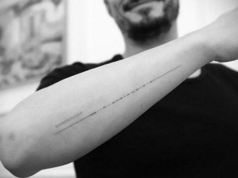 Ошибка в новой татуировке Орландо Блума - фото для сайта tatufoto.com 1