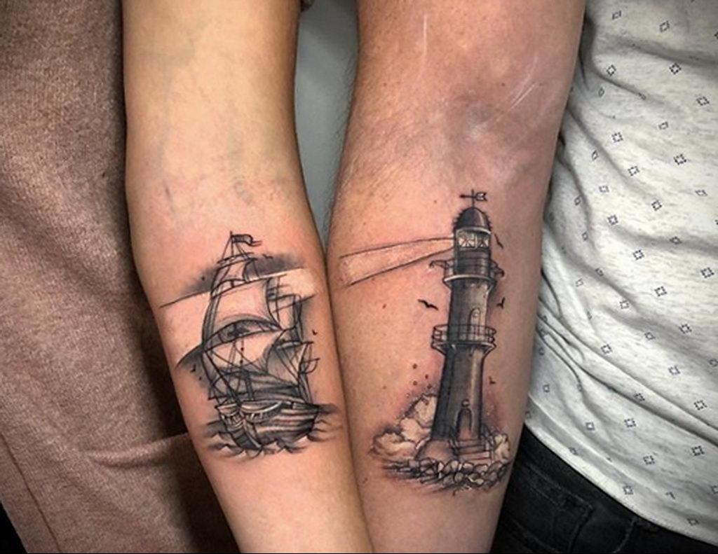 Парная тату с маяком и парусником - фото