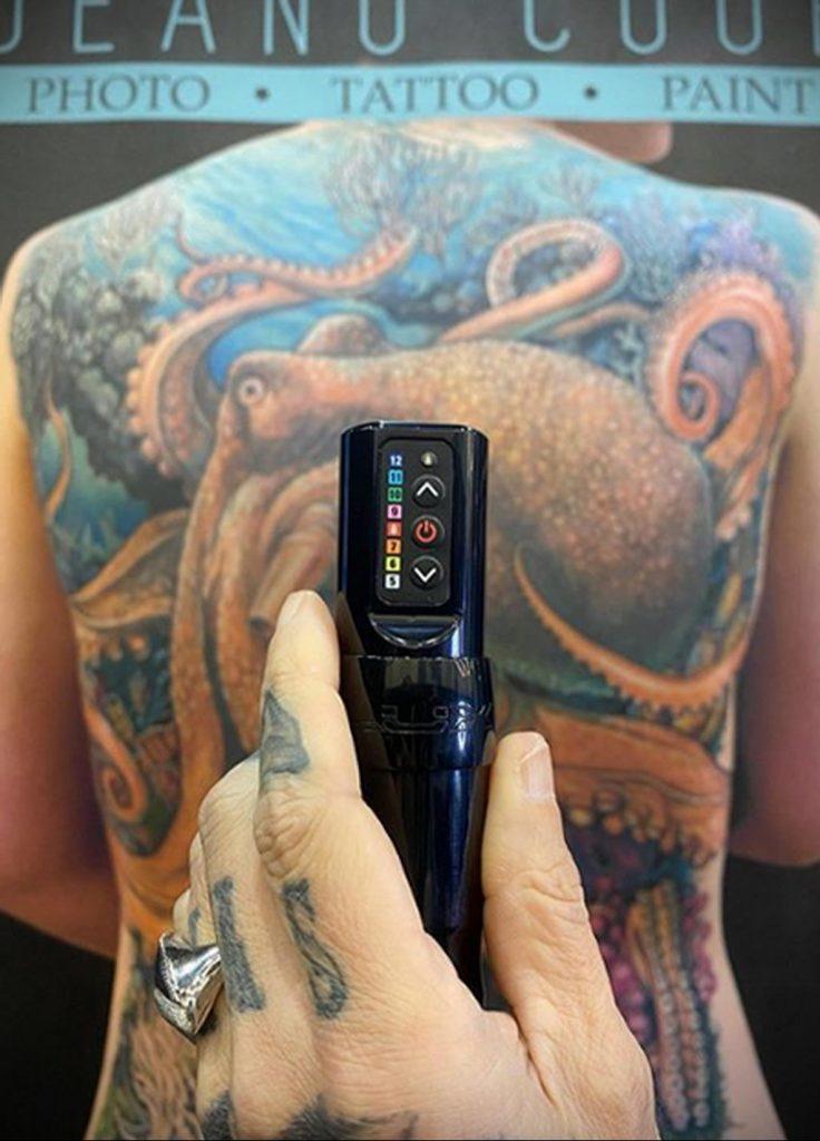 Фото татуировки сделанной в ходе тату конвенции GOLDEN STATE TATTOO EXPO 2020 15