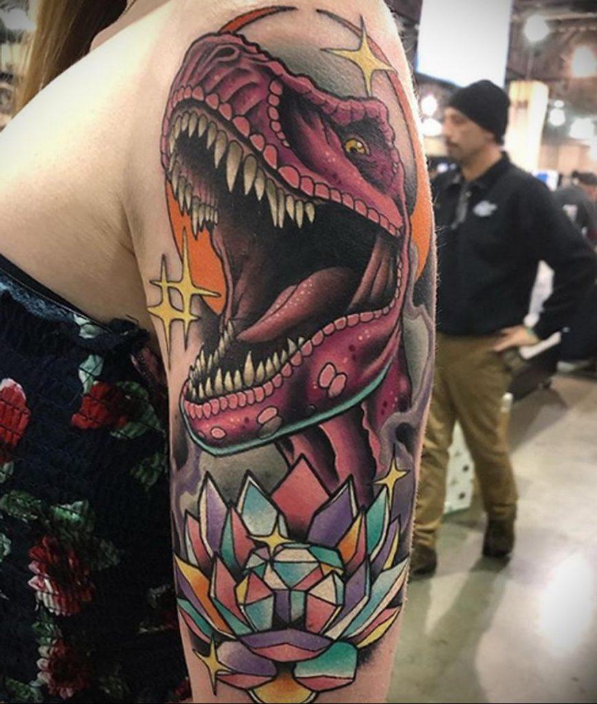 Фото тату рисунка сделанного в рамках Филадельфийской тату конвенции 2020 года - фото 27