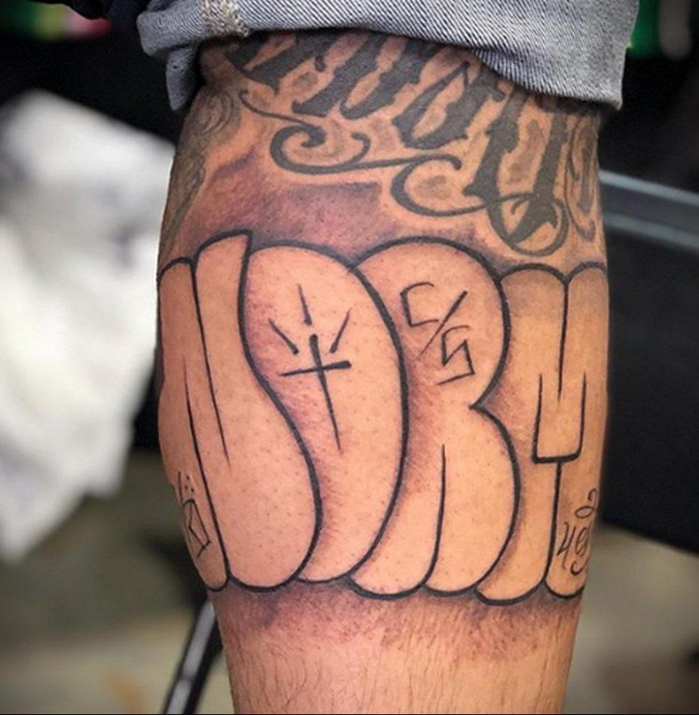 Фото тату рисунка сделанного в рамках Филадельфийской тату конвенции 2020 года - фото 9