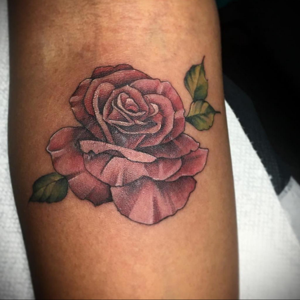 тату роза цветная для девушки 04.02.2020 №007 -rose tattoo for girl- tatufoto.com