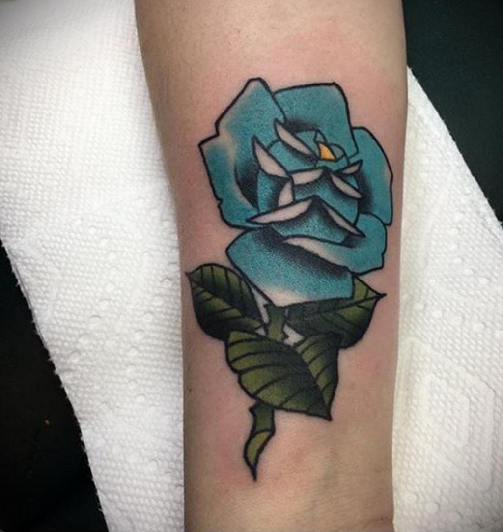 тату синяя роза для девушки 04.02.2020 №005 -rose tattoo for girl- tatufoto.com