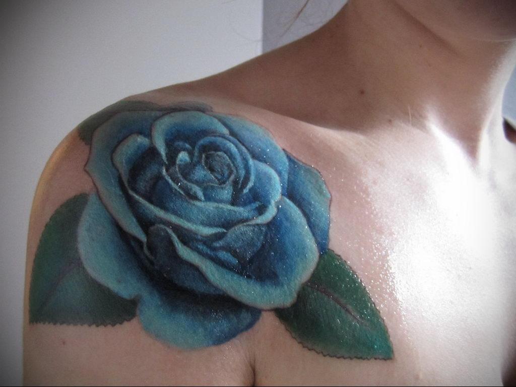 тату синяя роза для девушки 04.02.2020 №031 -rose tattoo for girl- tatufoto.com