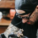 Майк Чемберс - Seven Swords - тату мастер который пожертвовал перчатки и маски для врачей - фото 3