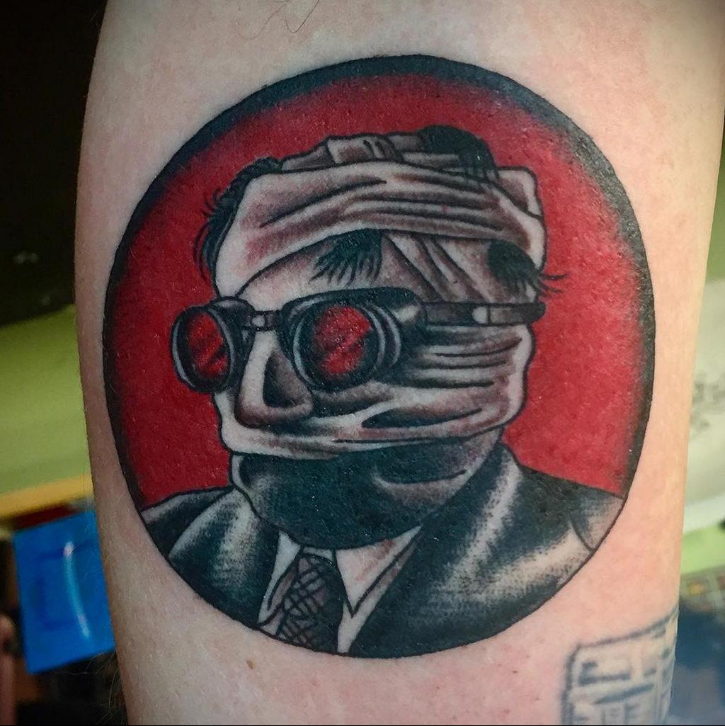Татуировка с Человеком-Невидимкой – фото рисунка татуировки для сайта tatufoto.com 17