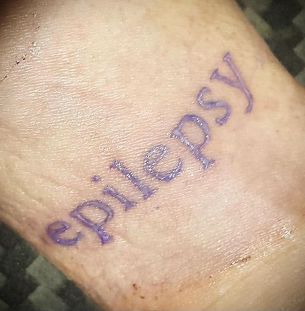Фото татуировок для больных эпилепсией 25.03.2020 №097 -epilepsy tattoo- tatufoto.com