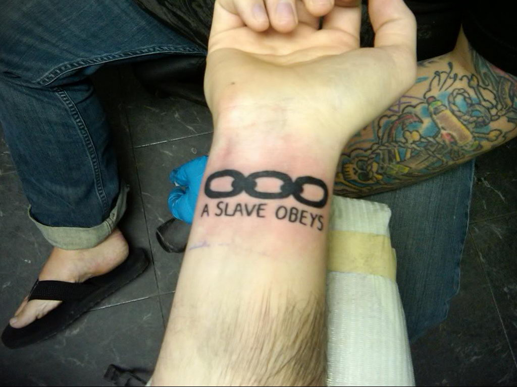 Фото тату на тему рабства 25.03.2020 №017 -slave tattoo- tatufoto.com
