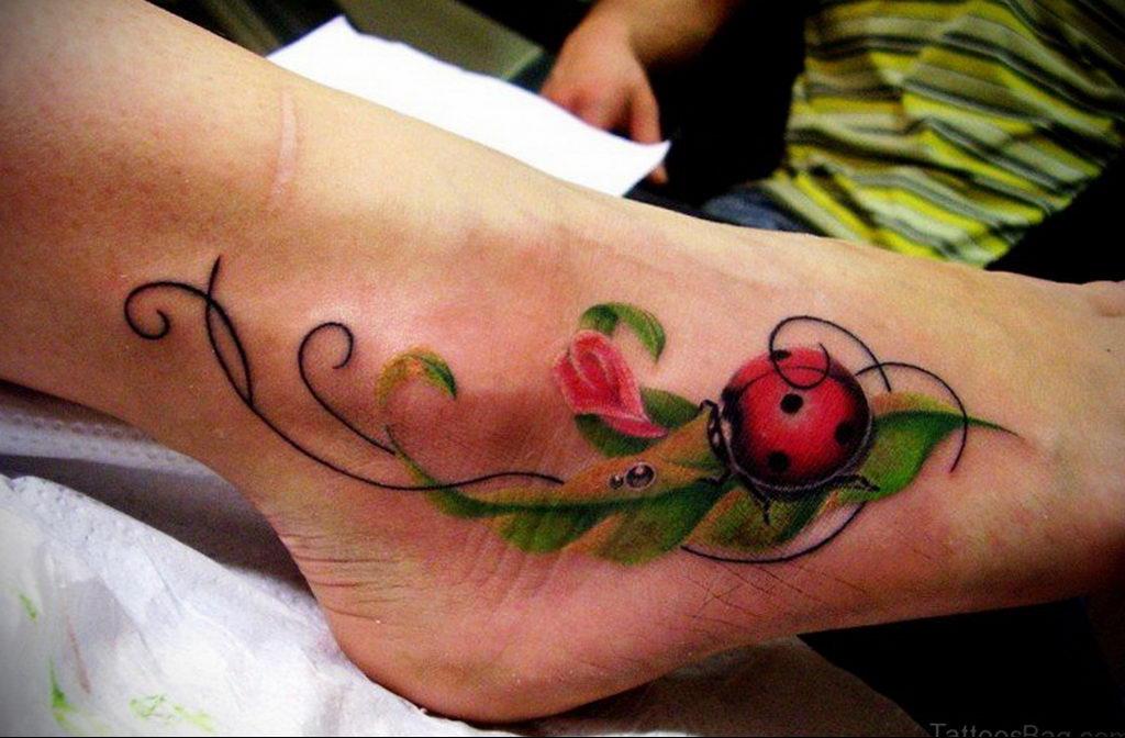 Фото тату про любовь рисунок Божья Коровка 03.02.2020 №158 -ladybug- tatufoto.com