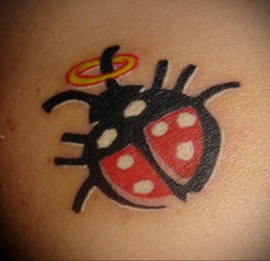Фото тату про любовь рисунок Божья Коровка 03.02.2020 №175 -ladybug- tatufoto.com