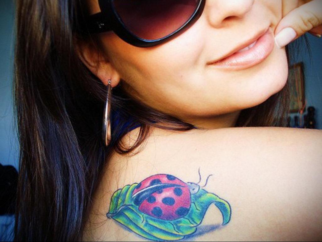 Фото тату про любовь рисунок Божья Коровка 03.02.2020 №185 -ladybug- tatufoto.com
