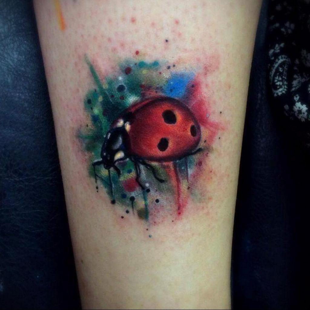 Фото тату про любовь рисунок Божья Коровка 03.02.2020 №267 -ladybug- tatufoto.com