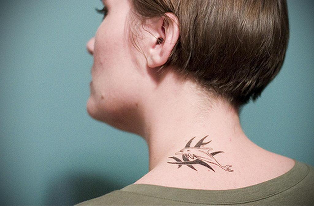 Фото тату про любовь рисунок Дельфин 03.02.2020 №005 -dolphin tattoo- tatufoto.com